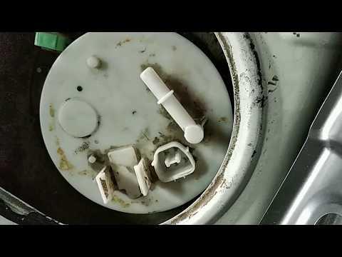 Замена топливного фильтра Mitsubishi ASX