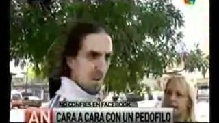 getlinkyoutube.com-Pedofilo Acorralado Por Familia 23-06-11 [Documentos América]