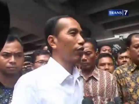 Jokowi Temui Pemanjat Tower Akibat Tanah