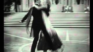 getlinkyoutube.com-Fred Astaire & Ginger Rogers - The Continental, The Gay Divorcee, 1934