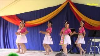 getlinkyoutube.com-Oroville Hmong New Year 2015-2016 - Nkauj Hmoob Peev Xwm (1)