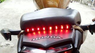 getlinkyoutube.com-Cb 300 Luz de freio Break Light Fita Led Tutorial