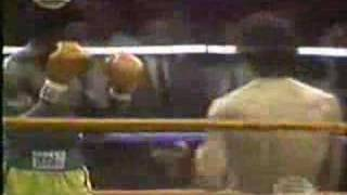 getlinkyoutube.com-SALVADOR SANCHEZ VS AZUMAH NELSON PARTE 1