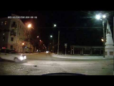 ДТП перекресток Ленина и Баррикад Калуга