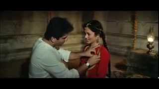 getlinkyoutube.com-Rajeev Kapoor And Mandakini Hot On Bed - Ram Teri Ganga Maili