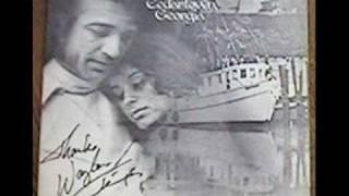 getlinkyoutube.com-Waylon Jennings...... I Just Can't Keep My Hands Off Of You