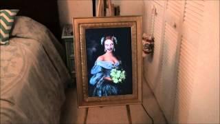 getlinkyoutube.com-Haunted Ghost Portrait Halloween Prop