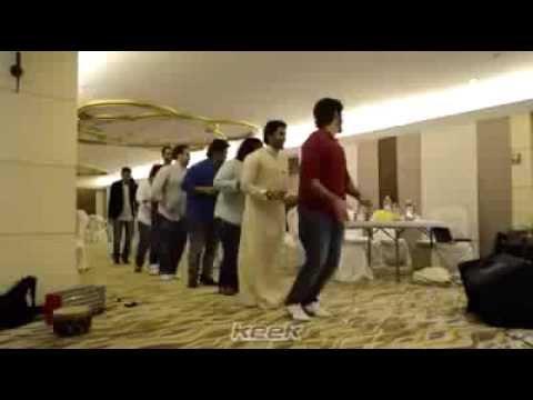 رقصة البطريق الشباب السعودي Penguin dance youth Saudi Arabian
