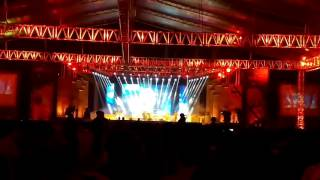 getlinkyoutube.com-Age Jodi Jantam Re Bondhu by Momotaz at Dhaka International FolkFest '15