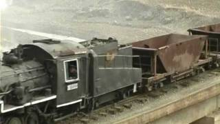 getlinkyoutube.com-North-Korean Steam locomotive 5 - Narrow gauge