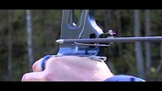 getlinkyoutube.com-Barebow, arrow flight (slow motion)