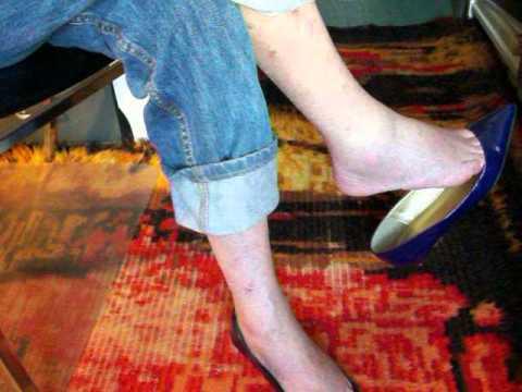 dangling toe cleavage JCrew flats 3sept13a