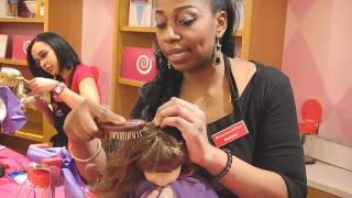 getlinkyoutube.com-American Girl Dolls Getting their Hair Done!