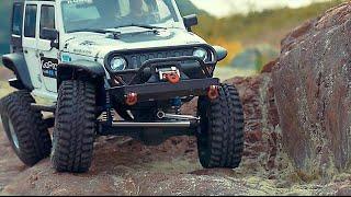 getlinkyoutube.com-Axial SCX10 Jeep Wrangler Rock Crawling_#20