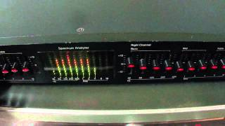 getlinkyoutube.com-O Rei do Som - Equalizador AudioSource Model EQ-Eight series II