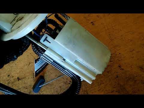 Насос топливный электрический погружной Мерседес Om 642 W207 E class 2010 W212 купе A2044702294