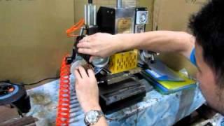 getlinkyoutube.com-LZ90 - Mesin Emboss Otomatis memakai Kompressor