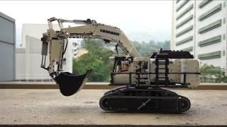 getlinkyoutube.com-Lego Technic MOC - Benz Actros 8x4 with Liebherr R9150