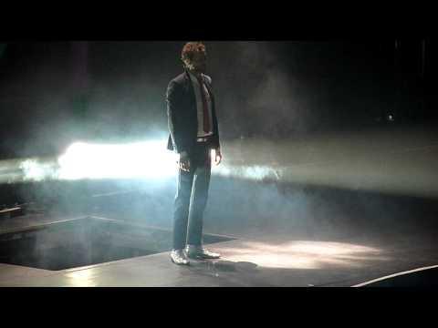Jovanotti - Megamix (apertura concerto Rimini 16/04/2011) HD