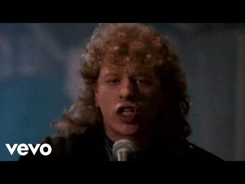 Straight For The Heart de Toto Letra y Video