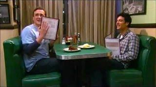 getlinkyoutube.com-How I Met Your Mother - Bloopers Season 5