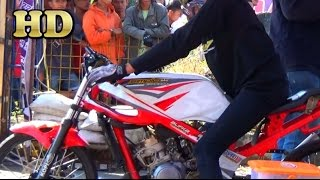 getlinkyoutube.com-Drag Motor Sport 2T FEYDI KAPAS Manado Simple Concept Drag Bike Team 2015 HD