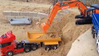 getlinkyoutube.com-RC  EXCAVATOR HITACHI 470 LCH 3