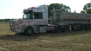 getlinkyoutube.com-Scania T143 Nice V8 sound 2012