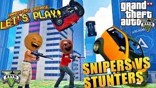 getlinkyoutube.com-Annoying Orange & Midget Apple - GTA V: Snipers VS Stunters!
