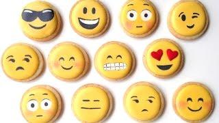getlinkyoutube.com-How To Decorate Emoji Cookies With Royal Icing!