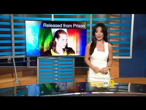 Sharon Tay 2011/10/03 10PM KCAL9 HD; Tight white dress