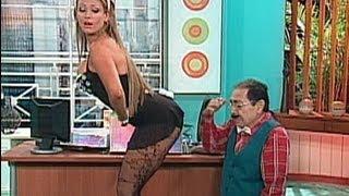 getlinkyoutube.com-A Que Te Ríes - Navarrete y su secretaria Sabrina