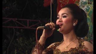 getlinkyoutube.com-Lembuk'an - Brsm Sinden DENI - Lawak Cak PERRIL - Ki SUN Gondrong - Disc 4A