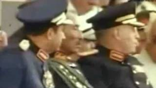 getlinkyoutube.com-إشارة حسنى مبارك للاسلامبولي لقتل الرئيس السادات