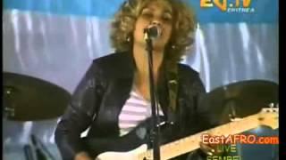 getlinkyoutube.com-Abeba Haile 2013 Kuds Yowhans Concert in asmara