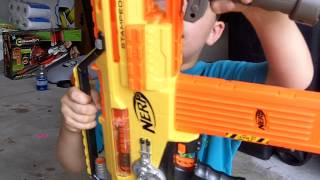 getlinkyoutube.com-Nerf N-Strike Stampede Fully Automatic Machine Gun - Review and Shooting by Reagans Toy Review