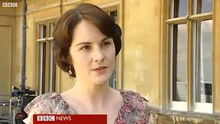 getlinkyoutube.com-Dan Stevens and Michelle Dockery on BBC Breakfast 14.09.11 1of2
