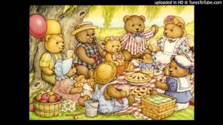 getlinkyoutube.com-Teddy Bear's Picnic - Anne Murray