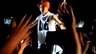 getlinkyoutube.com-[TRB in Mexico] BTS Concert Ending + V making a Heart