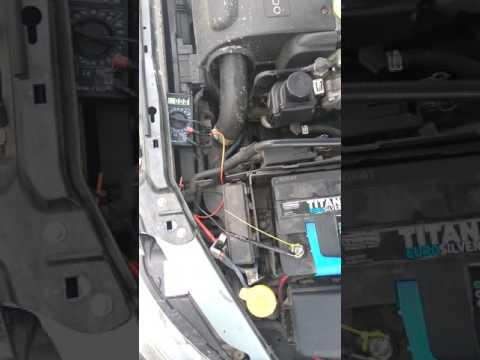 Расположение у Saab 9000 ремня генератора