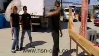 getlinkyoutube.com-Mythbusters - Tori throws a hammer at Grant