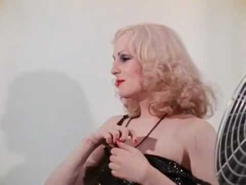 Women in revolt (1971) The end (shooting and interview Candy Darling)