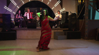 Natalia Fedorova live band improvisation Drum'n'Dance party