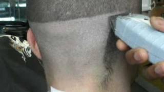 getlinkyoutube.com-jrbarbershop how to make a skin fade