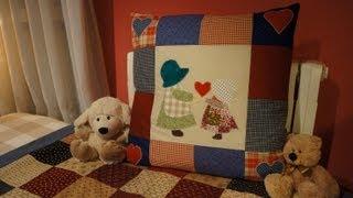 getlinkyoutube.com-How to make a patchwork cushion with applique.