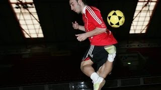 getlinkyoutube.com-Ricardinho | The Futsal Magician | Skills & Goals & Tricks ᴴᴰ | Part 1