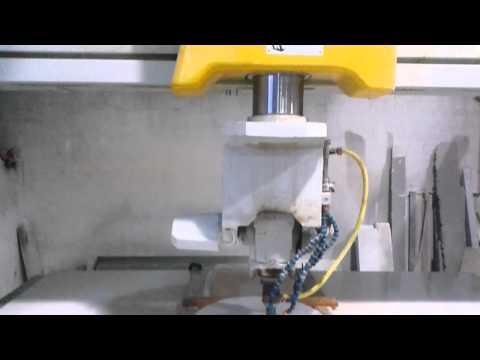 Visualizza il Video Realizzazione bassorilievo con Fresa controllo numerico GMM | Prodotti in Marmo | Sicilia