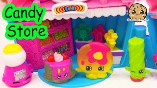 getlinkyoutube.com-Shopkins Play Video - Candy Store Date - Season 4 & 2 Toy Series Part 3 Cookieswirlc