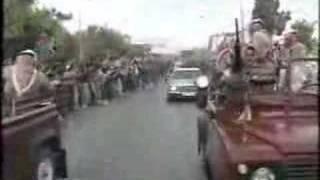 getlinkyoutube.com-Halla beek         استقبال جماهيري للراحل الملك حسين بن طلال