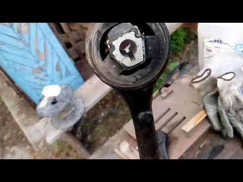 Про сайлентблоки передних рычагов для БМВ Х3 Е83